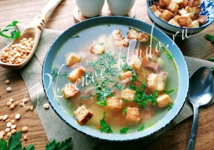 Гороховый суп в мультиварке с копченостями